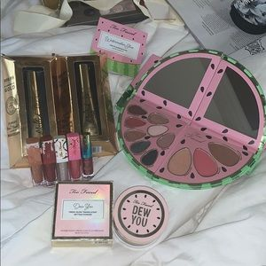 New Too faced Bundle